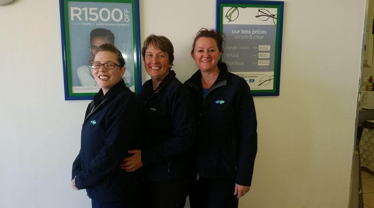 Optometrist: Karlien Du Plessis and her two staff members: Fransie Botha and Linda Kastner