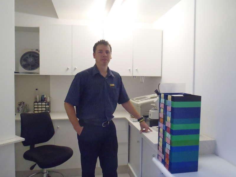 Marius Dantuma (Optical technician) in the lab