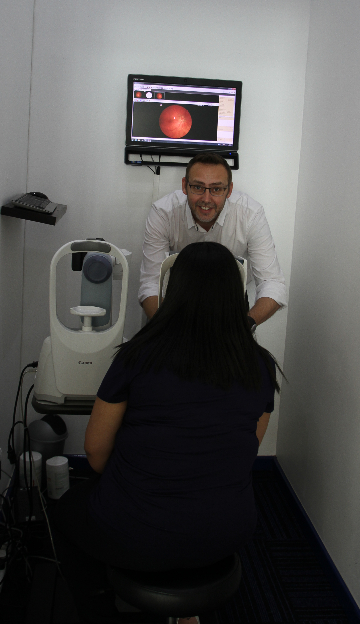 Optometrist Theunis Anema in the pre-testing room