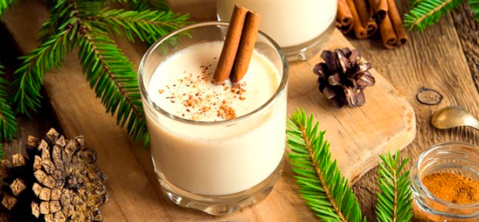 The BEST Homemade Eggnog recipe